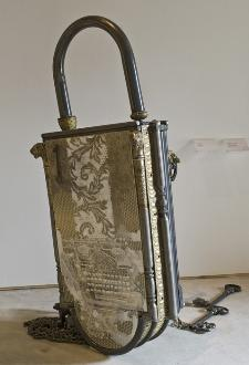 Padlock – We are split in 7 countries because of your secret, 2002, Mixed media, dimensions variable