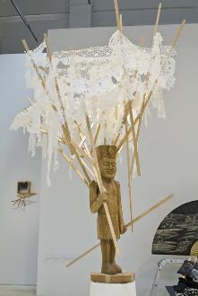 Pruning man, 2008, Plastic lace, wood, plastic pot, dimensions variable